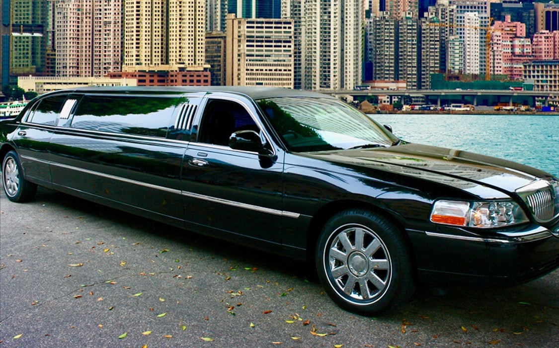 Lincoln 10 Passenger (Black)