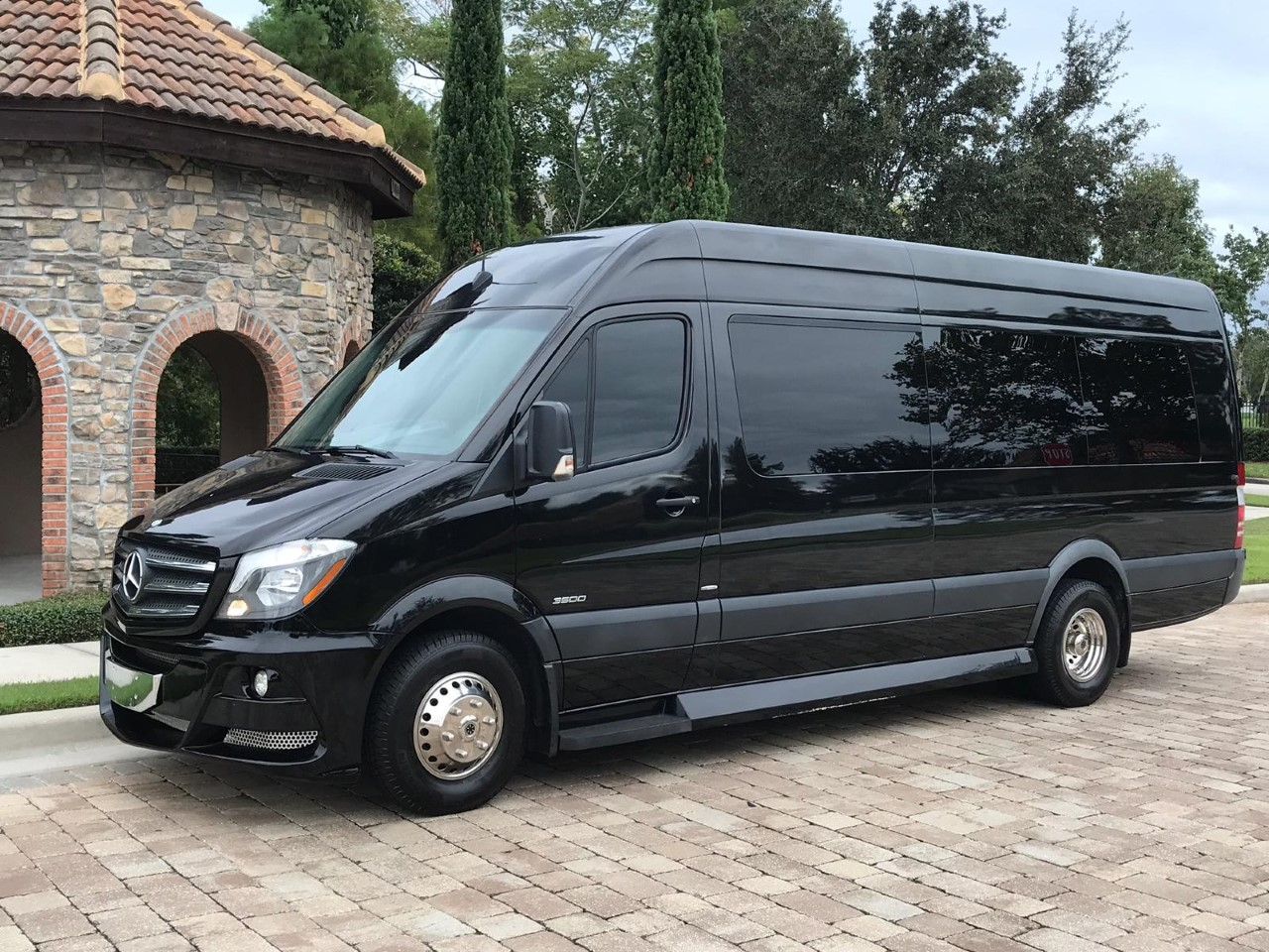 Mercedes Benz Sprinter Black